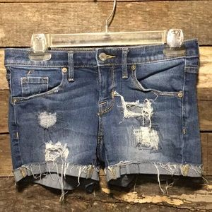 Mossimo Distressed Mid Rise Jean Shorts 00/24